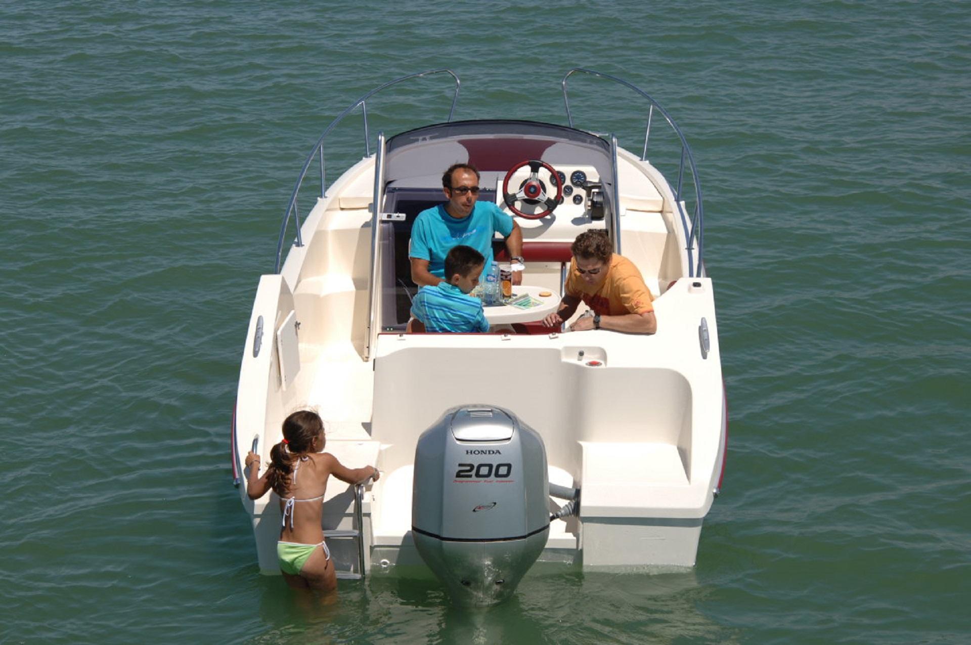 bateau moteur ocqueteau abaco 22 sun deck - notre gamme