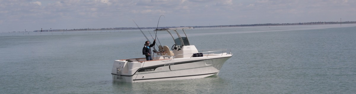 OCQUETEAU OSTREA 700 T-TOP FISHING UNLIMITED