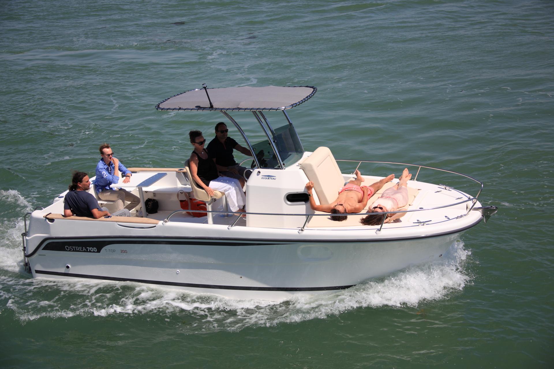 bateau moteur ocqueteau ostrea 700 open t top unlimited notre gamme ocqueteau. Black Bedroom Furniture Sets. Home Design Ideas