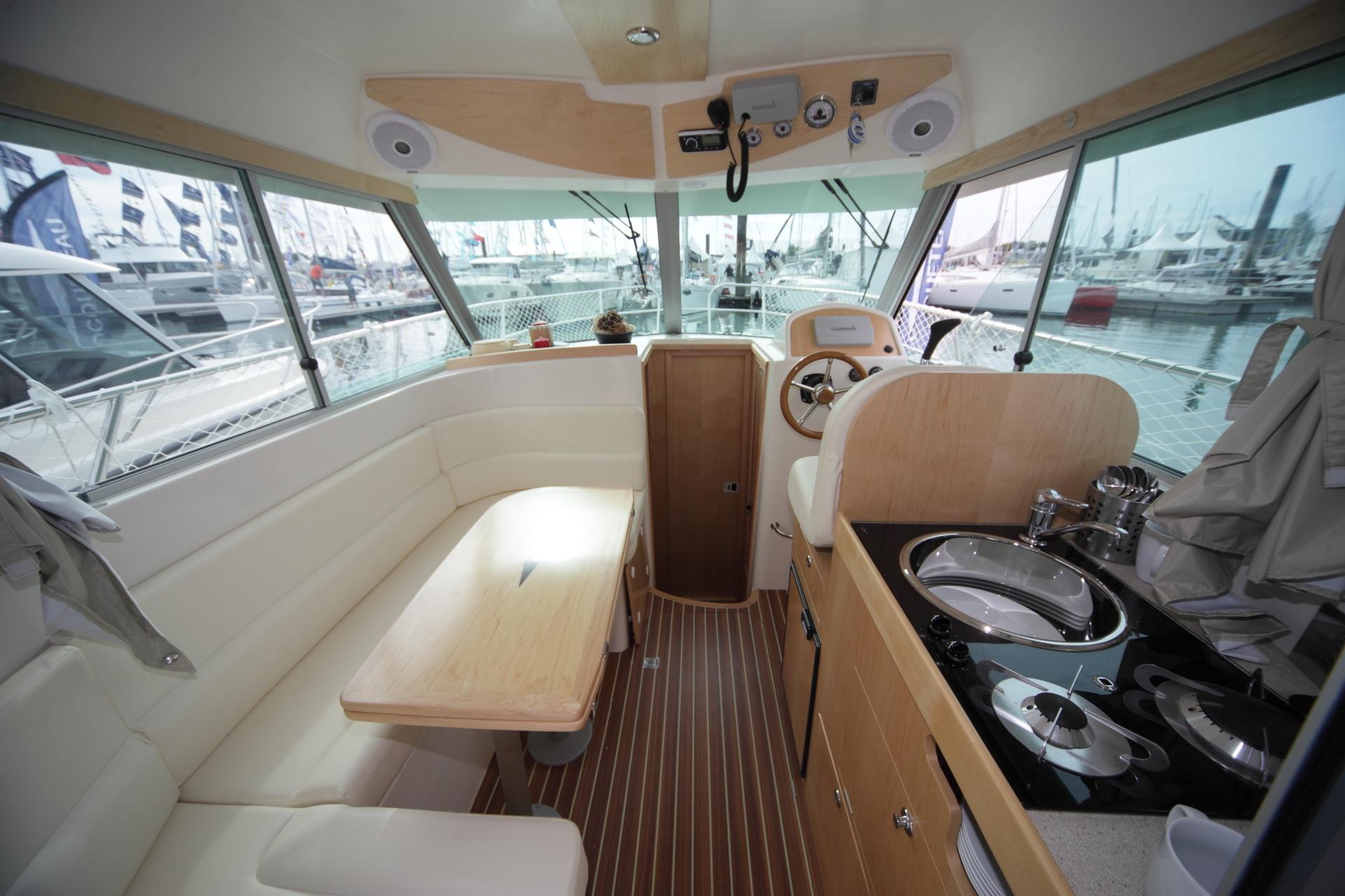 bateau  u00e0 moteur ocqueteau range cruiser 885 inboard