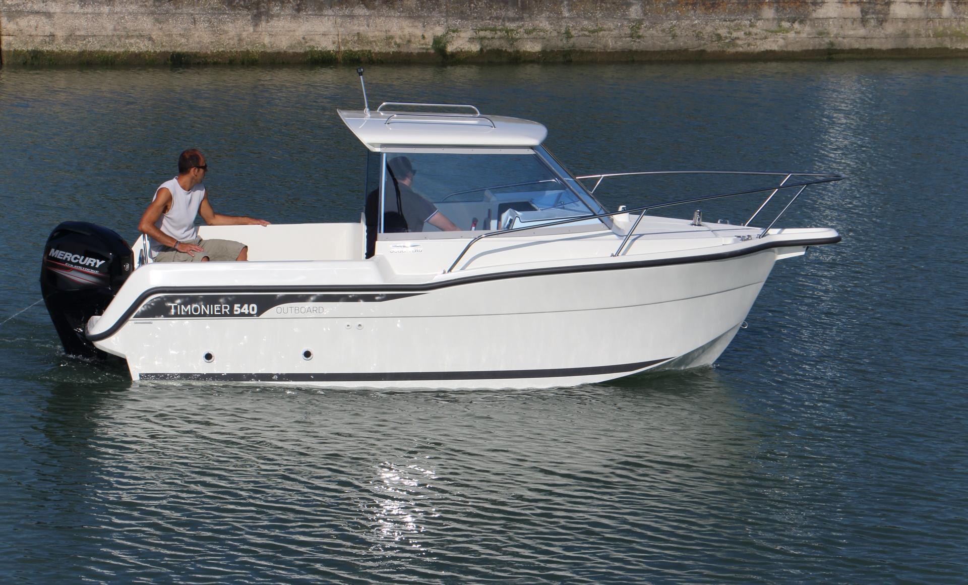 bateau  u00e0 moteur ocqueteau timonier 540