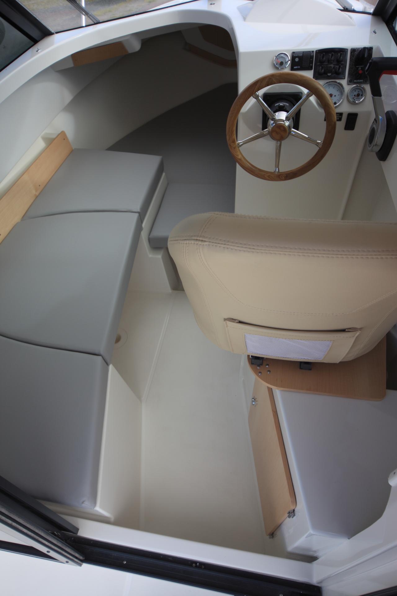 bateau  u00e0 moteur ocqueteau timonier 615