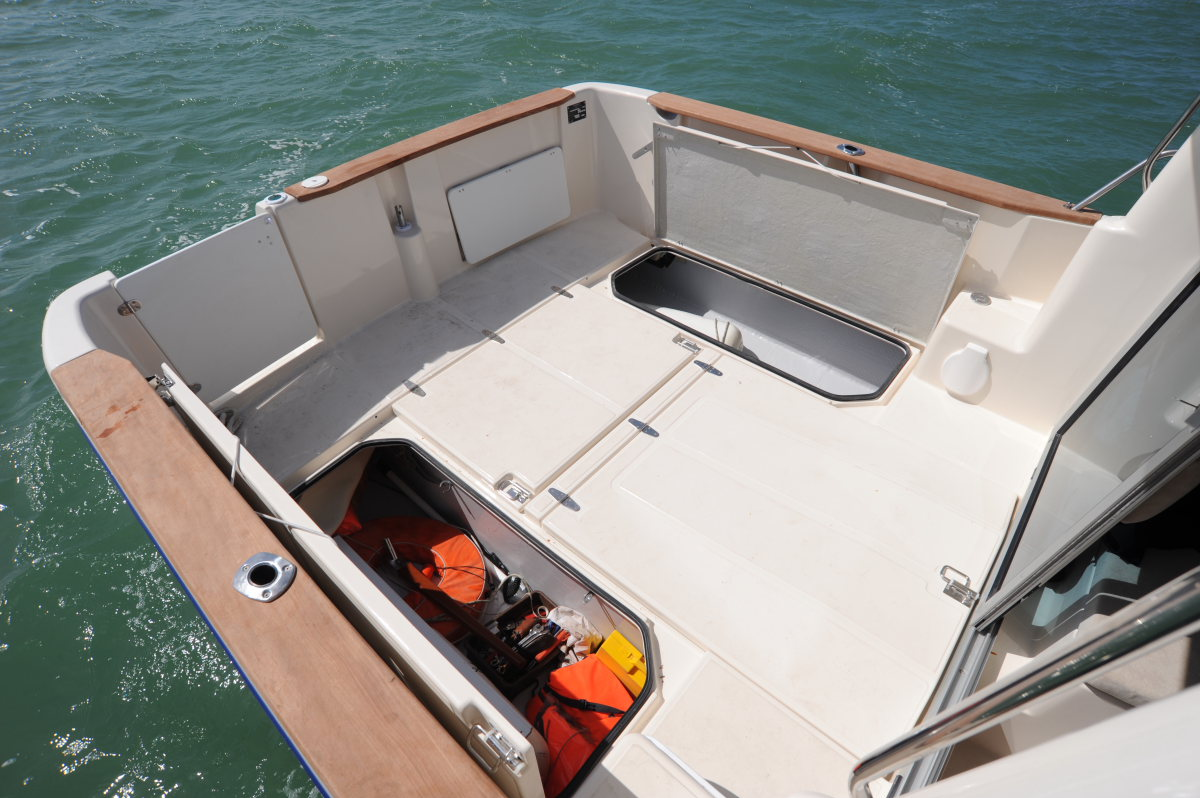 bateau  u00e0 moteur ocqueteau timonier 745 inboard
