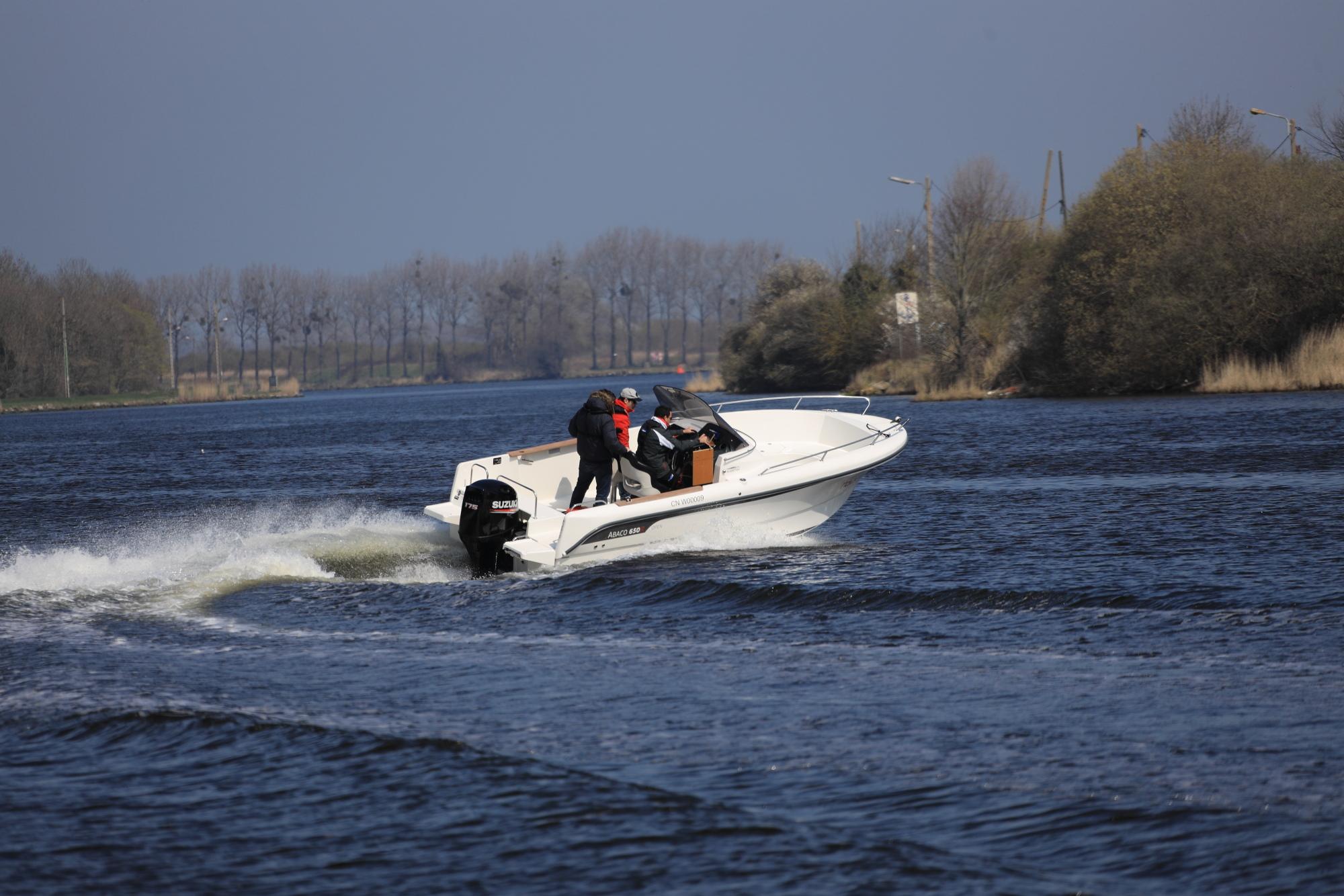 bateau  u00e0 moteur ocqueteau abaco 650 open - notre gamme