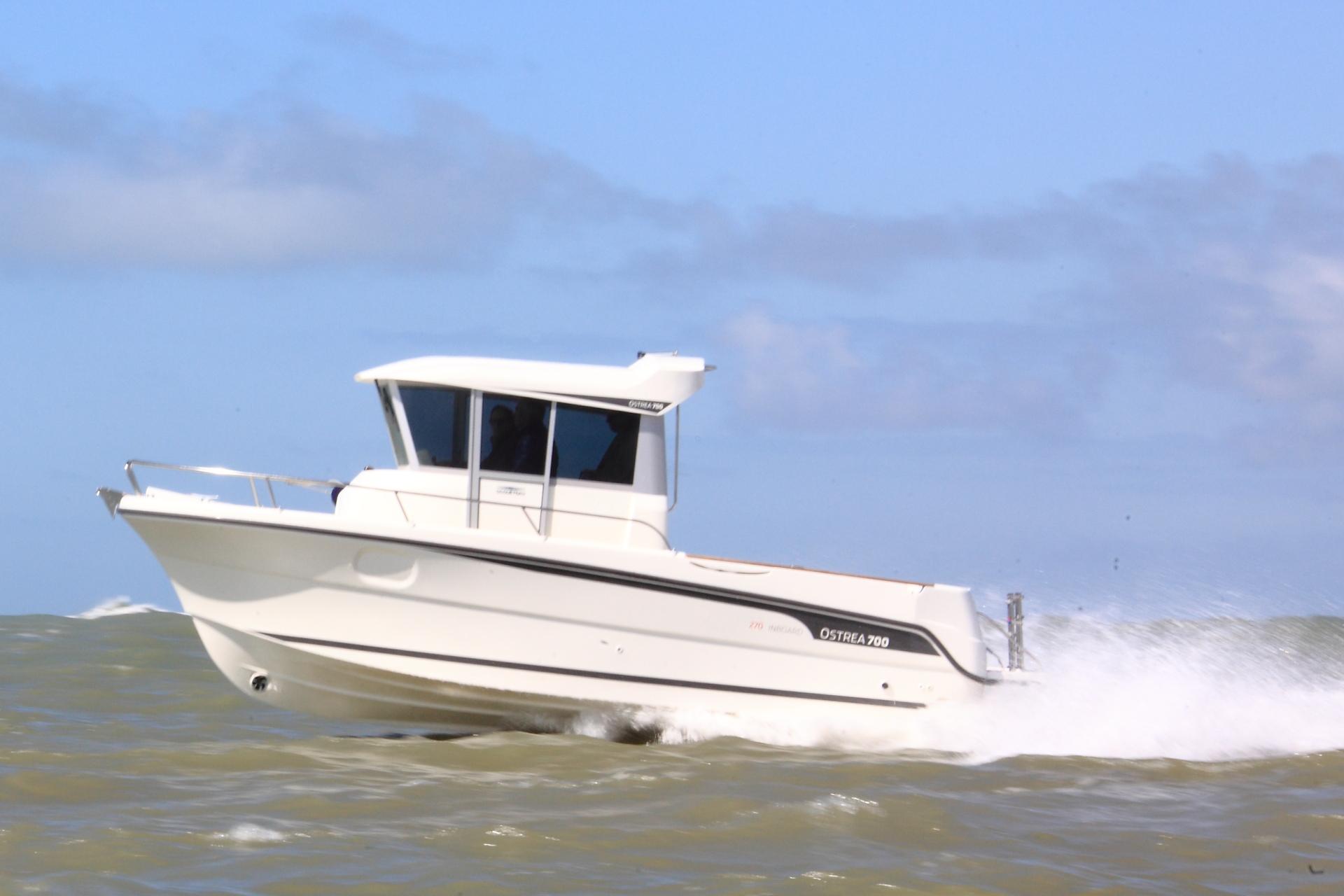 bateau  u00e0 moteur ocqueteau ostrea 700 inboard